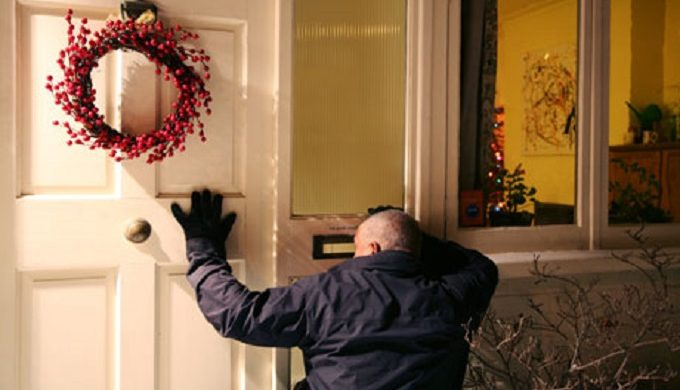 11 ways keep burglars at bay over Christmas