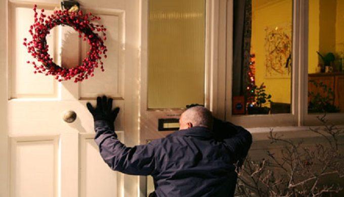 11 ways keep burglars at bay over Christmas